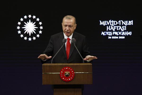 TURKIYE CUMHURBASKANI RECEP TAYYIP ERDOGAN, MEVLID-I NEBI HAFTASI ACILIS PROGRAMINA KATILARAK BURADA BIR KONUSMA YAPTI. FOTO-HARUN OZALP-ANKARA-DHA