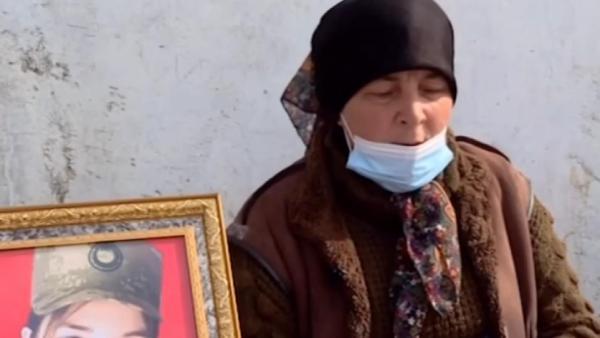Azerbaycan'ın ilk kadın şehit askeri Bakhishova toprağa verildi (DHA)
