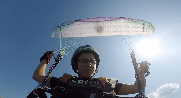 ANTALYA'NIN ALANYA ILCESINDE YASAYAN VE DUNYANIN EN GENC AKROBASI PILOTU UNVANINA SAHIP HARUN KARATEKE (17), DUNYA CAPINDA YARISMALARA KATILABILMEK ICIN DESTEK BEKLIYOR.(FOTO:ALANYA-DHA)