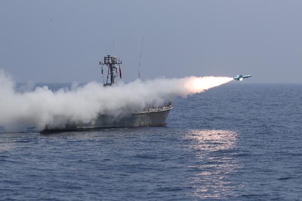 İran'dan Hint Okyanusu'nda gövde gösterisi (DHA)