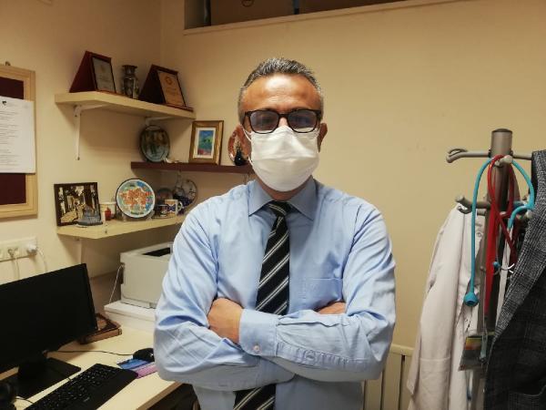 SAGLIK BAKANLIGI KORONAVIRUS BILIM KURULU UYESI PROF. DR. HASAN TEZER DHA'YA ACIKLAMADA BULUNDU. FOTO-ANKARA-DHA
