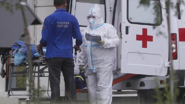 Rusya: Koronavirüsün yaklaşık 1500 mutasyonu bulundu (DHA)