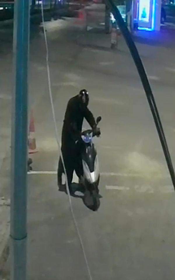 ISPARTA'DA FARKLI TARIHLERDE 7 AYRI MOTOSIKLET HIRSIZLIGI YAPAN S.U. YAKALANDI. (FOTO:ISPARTA-DHA)