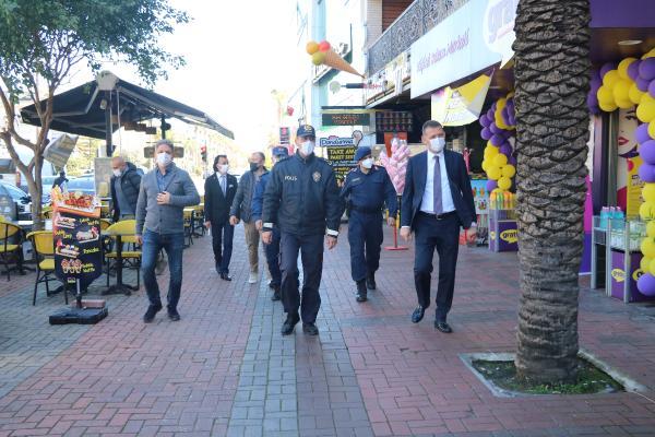 TUM TURKIYE'DE KONTROLLU NORMALLESME DONEMINE GECIS SONRASINDA BUGUN ITIBARIYLA DINAMIK DENETIM UYGULAMASINA BASLANDI.(FOTO:ALANYA-DHA)