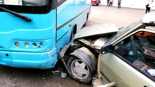 Otomobil tünelin duvarına çarptı! 1 – 966b289cb9ddd4e2f0d4bf65ff327e79