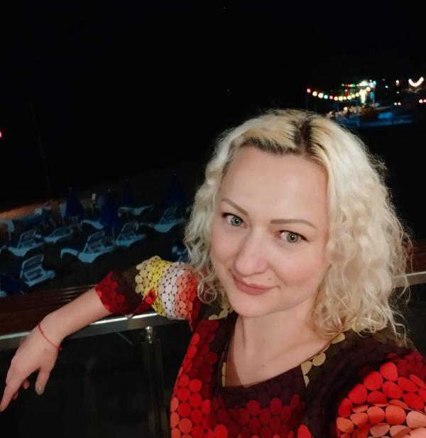 ANTALYA'DA YASAYAN UKRAYNA ASILLI TURK VATANDASI KARINA DEMCHENKO'YU (FOTODAKI), SAVCILIK IFADESINDE BOGARAK OLDURDUGUNU ITIRAF EDEN ERHAN RAZI (41), ILK DURUSMADA CINAYETI REDDETTI. (FOTO:ANTALYA-DHA-ARSIV)