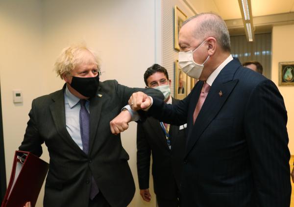 Cumhurbaşkanı Erdoğan, İngiltere Başbakanı Johnson ile görüştü (DHA)