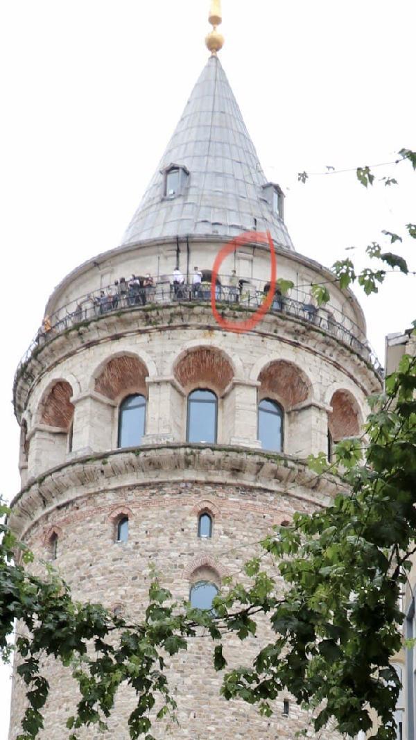 Son dakika... Galata Kulesi'nden atlayarak intihar etti! 1 – 16911846c615fac9b5a51d1b8fcb9bfb