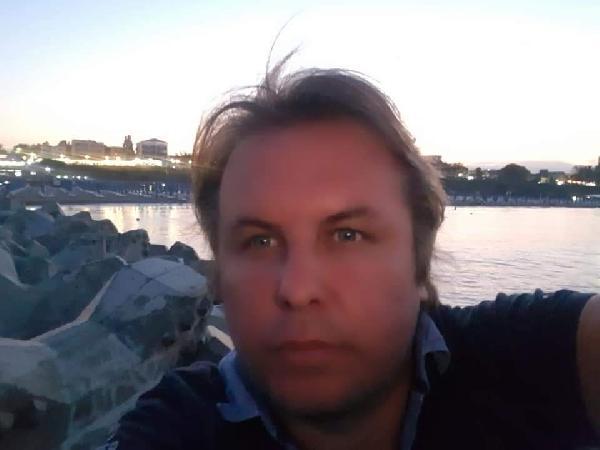 KORONAVIRUS NEDENIYLE TEDAVI GOREN DR. KENAN ALIOGLU, YASAMINI YITIRDI. FOTOGRAF-KOCAELI-DHA