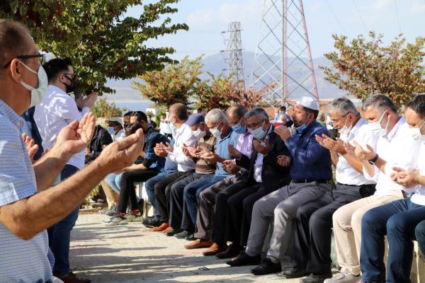 BURDUR'UN KANAAT ONDERLERINDEN EMEKLI VAIZ AHMET FAKI (84) YASAMINI YITIRDI.(FOTO:BURDUR-DHA)