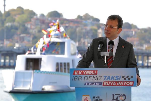 ISTANBUL BUYUKSEHIR BELEDIYESI'NCE (IBB) KENTTE TRAFIGINI RAHATLATMAK AMACIYLA YERLI VE MILLI OLARAK URETIMI YAPILAN 50 DENIZ TAKSIDEN 8'I DENIZE INDIRILEREK HIZMETE BASLADI.  ISTANBUL, (DHA) - USTTE EKREM IMAMOGLU