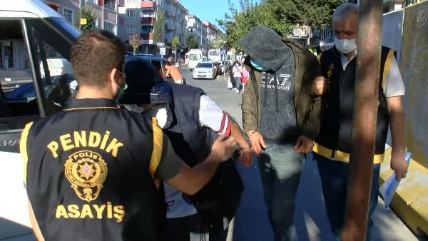 PENDIK'TE UZUN SUREDIR TAKIP ETTIGI UYUSTURUCU TACIRLERINE OPERASYON YAPAN POLIS, 3 KILO MARIHUANA ELE GECIRIRKEN 4 KISIYI GOZALTINA ALDI (FOTO: ISTANBUL DHA)