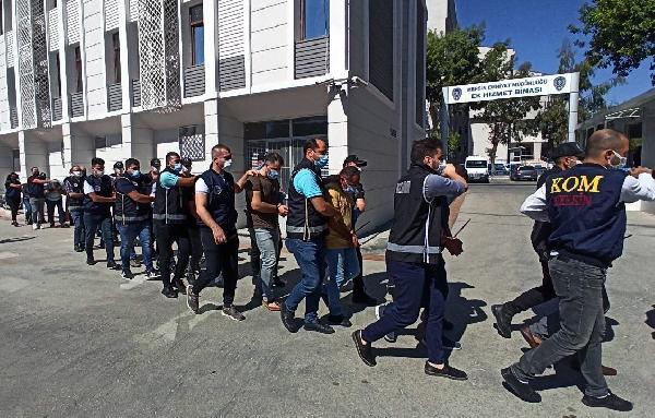 MERSIN'DE, POLIS TARAFINDAN TEFECILIK VE YAGMA SUCLARINA YONELIK DUZENLENEN OPERASYONDA GOZALTINA ALINAN 17 SUPHELI YAKALANDI. FOTO: SONER AYDIN/MERSIN, (DHA)