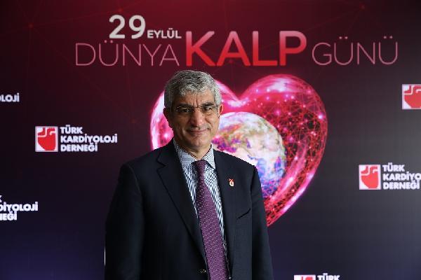 PROF. DR. MUZAFFER DEGERTEKIN(ISTANBUL-DHA).