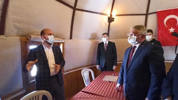 CORUM BELEDIYESI TARAFINDAN YAPTIRILAN TURKIYE'NIN OBA KONSEPTINDEKI ILK GENCLIK KAMPININ ACILISINI BILAL ERDOGAN YAPTI. FOTO:CORUM-DHA